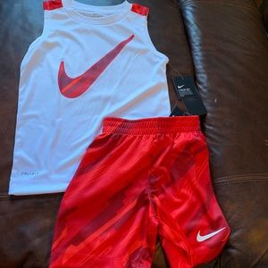 Nike Set NWT